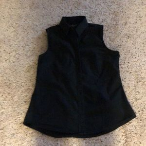 Banana republic sleeveless button down